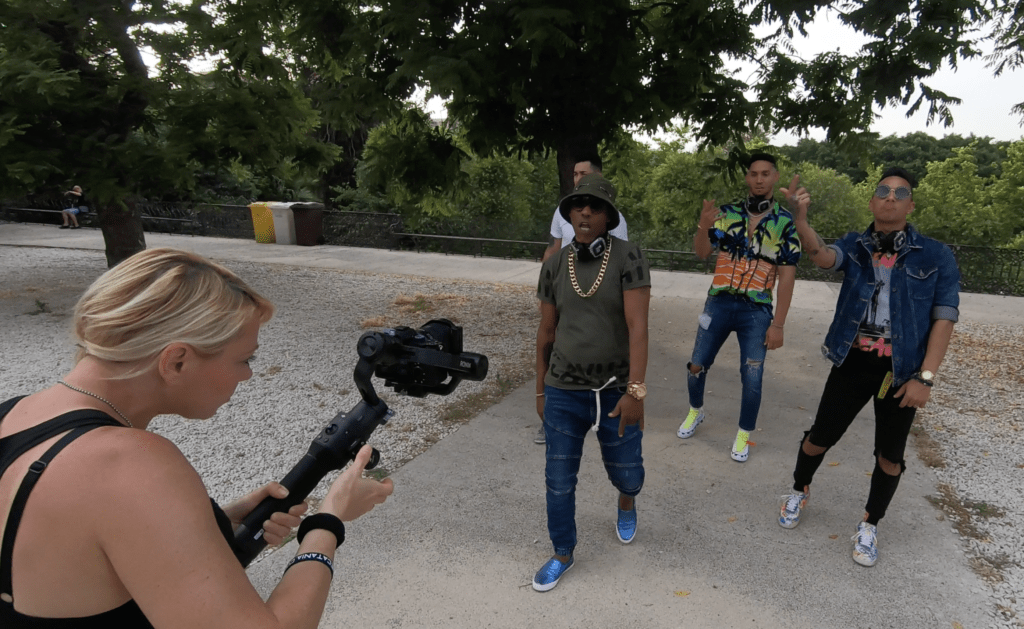 backstage videoclip cuban flex